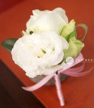 白色系胸花